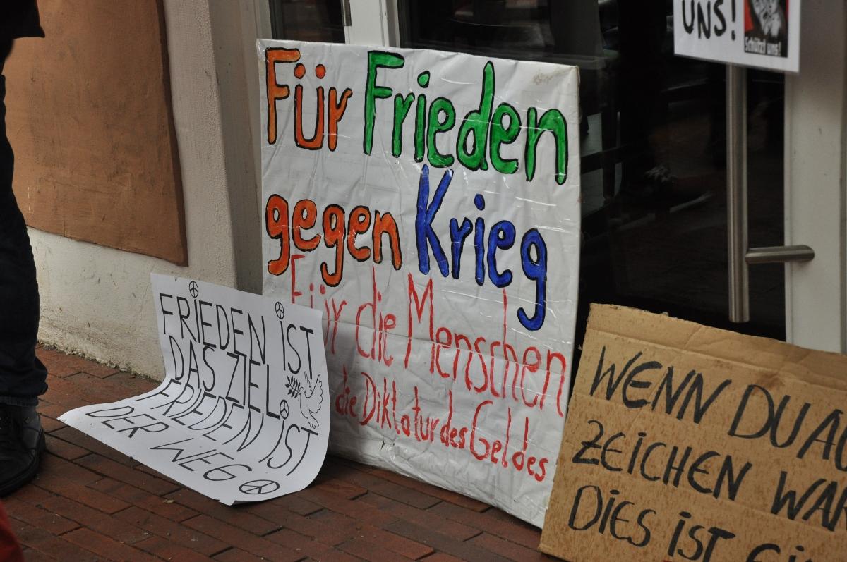 22-fuer-frieden-gegen-krieg-DSC_0496
