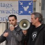 MontagsMahnwache Osnabrück, Fabi(an?), Teilnehmer,spontane Ansprache für den Frieden 05.05.2014