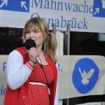 spontane Ansprache inkl. Gedichtsvortrag eines Teilnehmers (c) Montagsmahnwache Osnabrück, Photos Nicole Behrendt