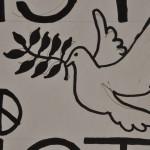 Friedentaube Detail Schild